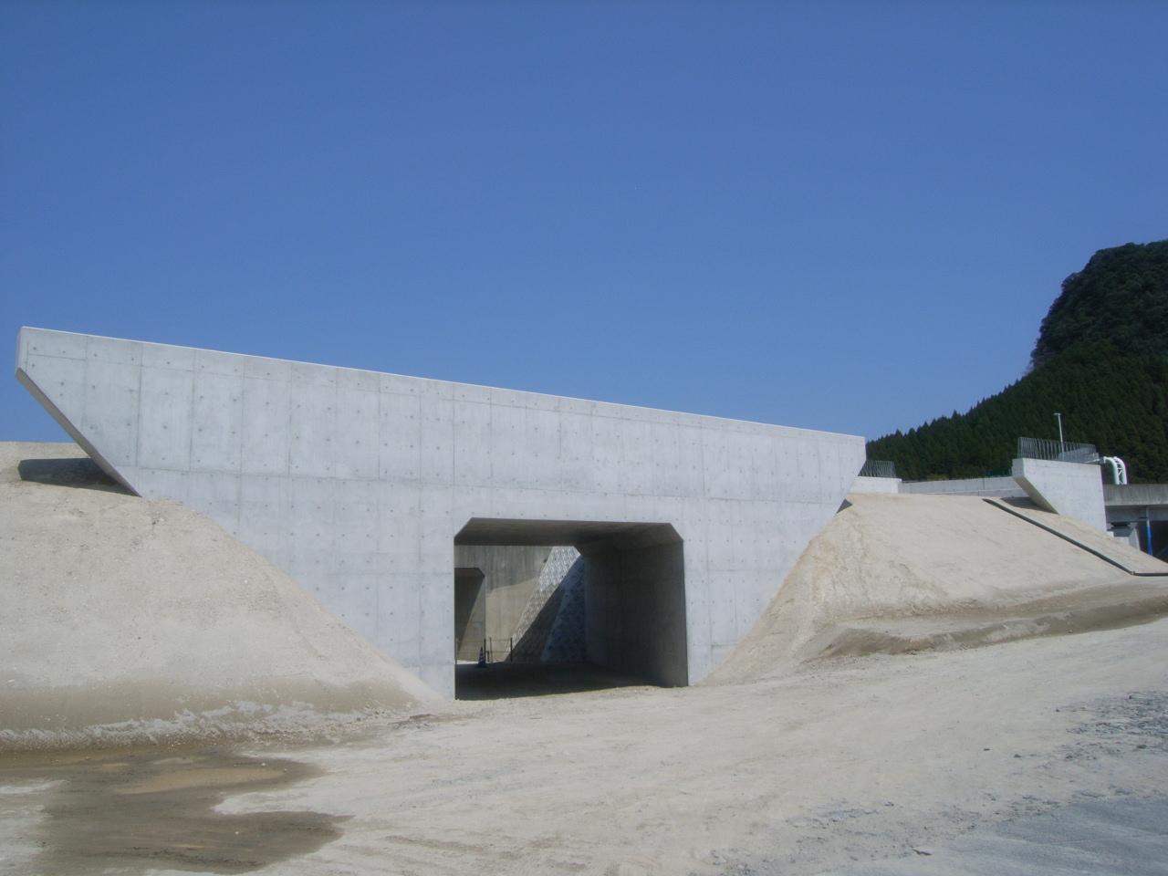 鹿児島10号日木山川橋  (上下線)A1下部工外工事