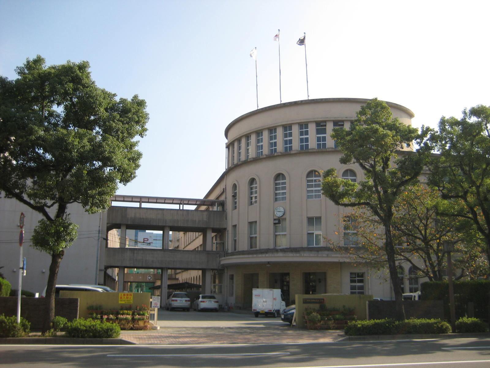 鹿児島県立中央高等学校(旧一高女)