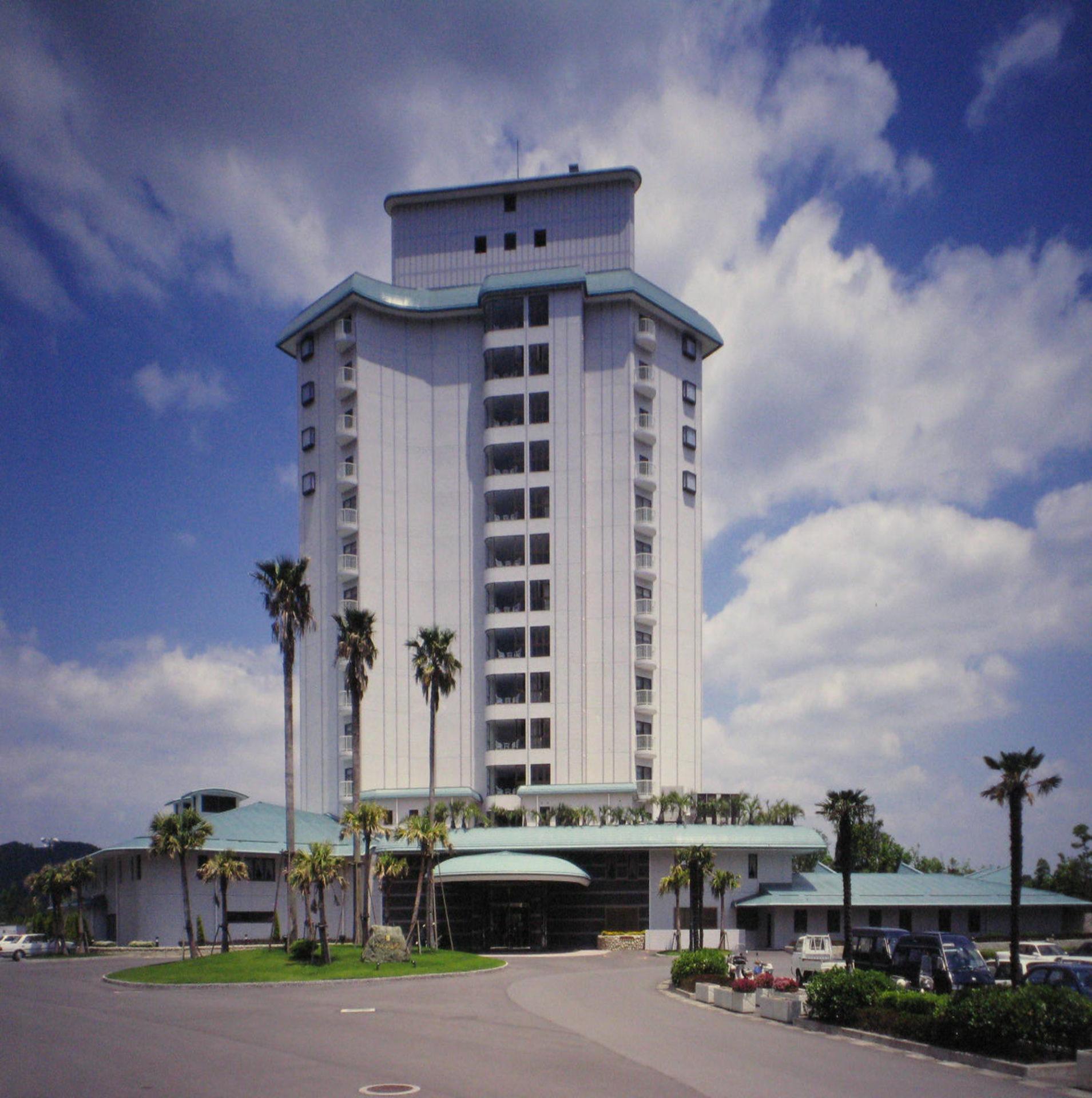 祁答院センターホテル