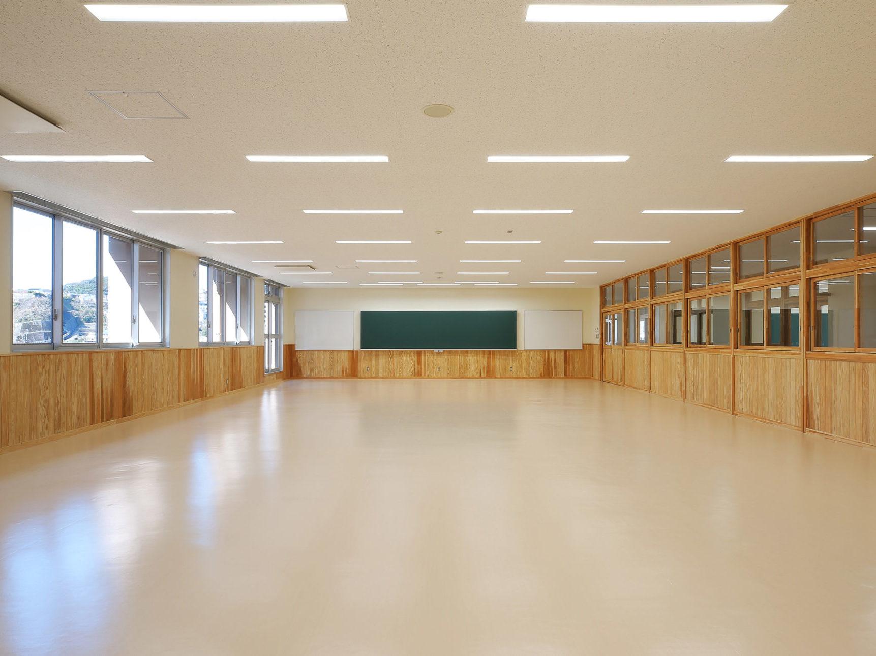 鹿児島工業高校校舎改築(4期)工事(建築・債務)